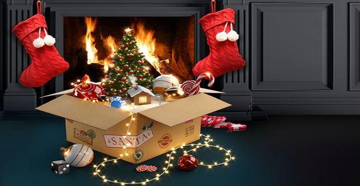 roxy-palace-santa-stocking-promo